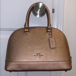 Coach purse/crossbody